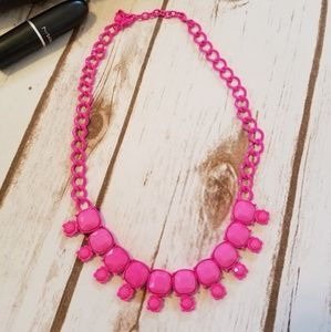 NEW! Bright pink necklace
